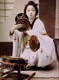 GEISHAtsuzumi